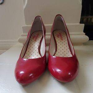 Ann Klein iflex Red Pump Size 9
